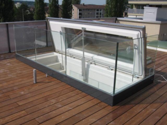 acc s au toit sortie sur toit. Black Bedroom Furniture Sets. Home Design Ideas